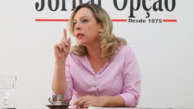 """Adriana Accorsi desmente PMDB sobre dívidas da prefeitura: """"Precisam provar acusações"""""""
