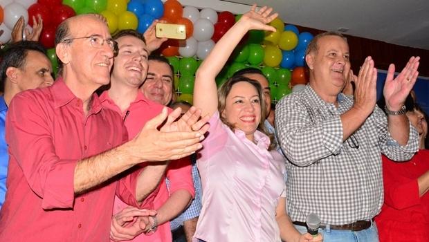Adriana Accorsi durante convenção que oficializou sua candidatura | Foto: reprodução/ Facebook