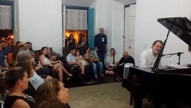 """Seduce desmente boatos de show """"privado"""" no Fica 2016"""