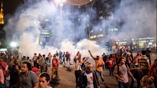 Deputado diz que revolta que está acontecendo na América do Sul vai chegar ao Brasil