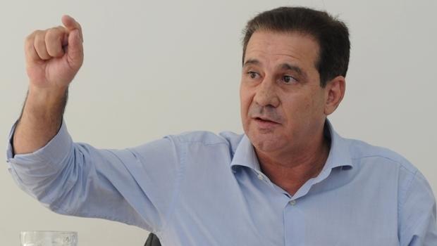 Vanderlan Cardoso durante entrevista ao Jornal Opção | Foto: Renan Accioly