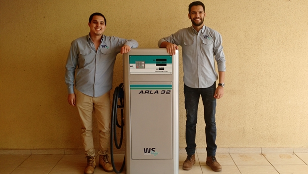 Gabriel Henrique Carvalho Soares de Souza e Vinícius Jorge Neves chamam a atenção com seu projeto | Foto: Divulgação