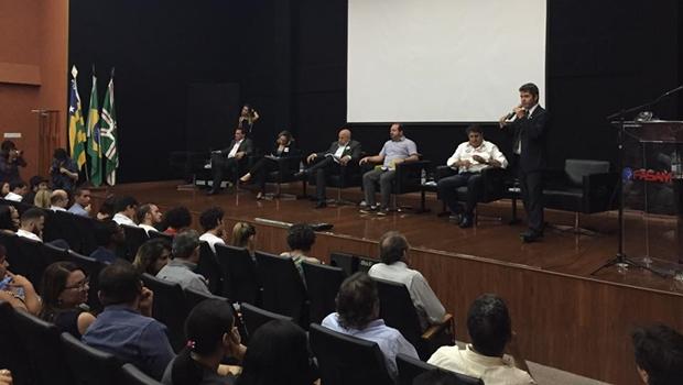 Todos os outros candidatos - à exceção de Francisco Jr que foi representado pelo vice - compareceram a debate | Foto: Reprodução/Facebook