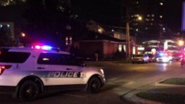 Polícia confirma uma morte em tiroteio na Universidade de Illinois