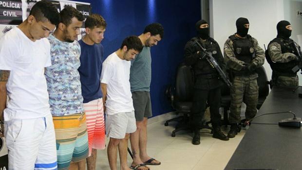 Polícia Civil apresenta suspeitos de incendiar Fórum de Goiatuba