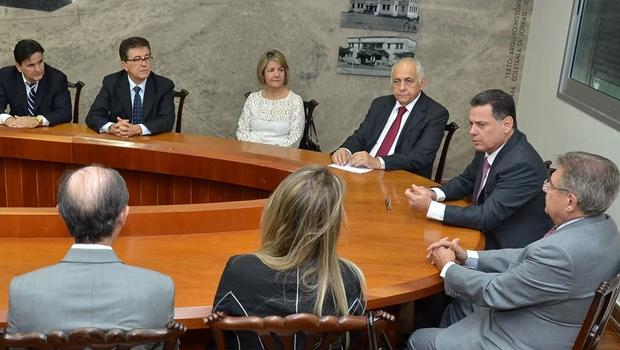 Marconi faz primeira reuniãocomnova diretoria da Saneago
