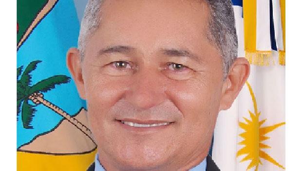 Prefeito Luiz Anacleto da Silva: nomeações irregulares na prefeitura