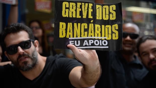 Após 31 dias, termina greve dos bancários em Goiás