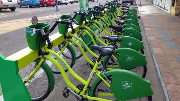 Mais de 8 mil viagens foram feitas em bicicletas públicas de Goiânia no último mês