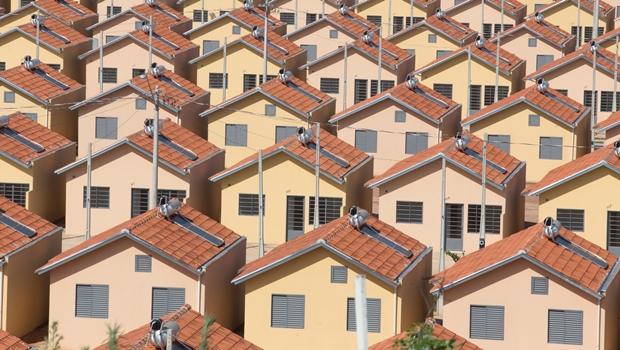 Governo de Goiás realiza sonho da casa própria para mais de mil famílias de Goiânia