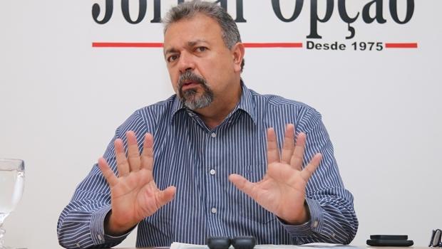 Vereador Elias Vaz durante entrevista ao Jornal Opção | Foto: Fernando Leite