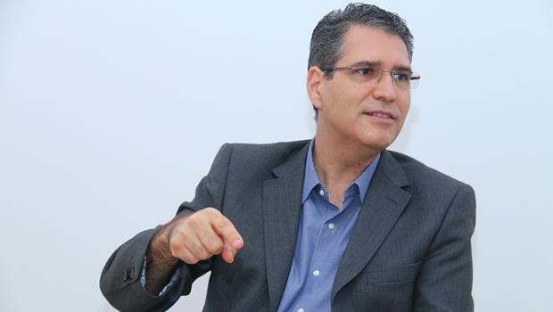 Em São Paulo, deputado Francisco Jr. defende renovação na política