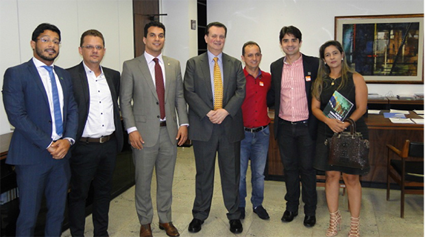 Presidentes do PSD recebem  prefeitos tocantinenses em Brasília