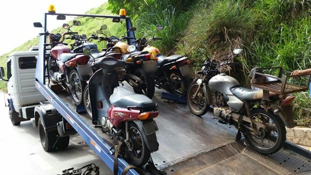Operação da PRF flagra cerca de 200 motociclistas inabilitados em Goiânia e Aparecida