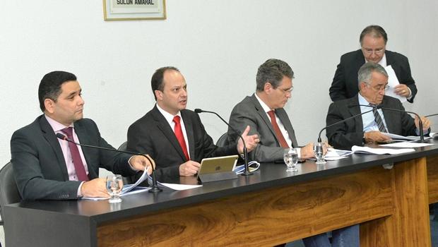Joaquim Mesquita vai à Assembleia discutir LOA de 2017 | Foto: Marcos Kennedy