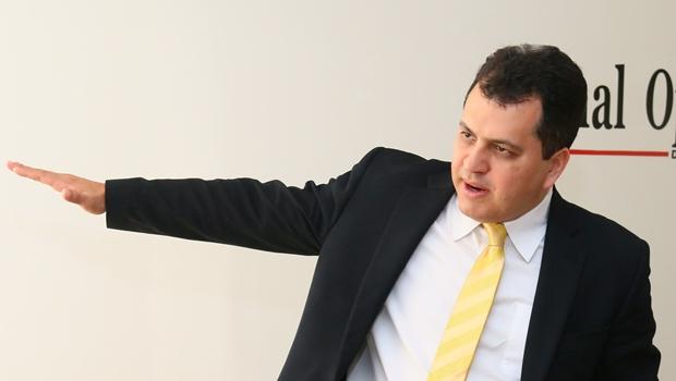 """Agenor Mariano diz que Paulo Garcia não tem como """"desmentir"""" dívida de 806 milhões de reais"""
