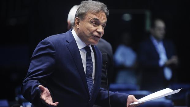 Álvaro Dias irá se encontrar com prefeito de Aparecida de Goiânia nesta quinta-feira (15)