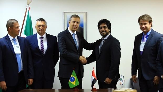 Vice-governador e titular da SSPAP se reúne com o CEO Hamad Al Almeri e representantes da Caracal International | Foto: Wildes Barbosa