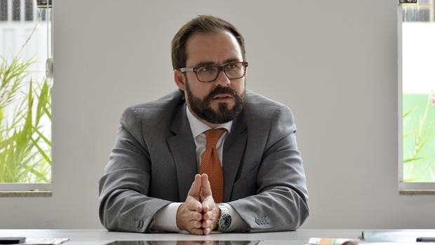 Apontado como não agregador, Lúcio Flávio pode não disputar reeleição na OAB