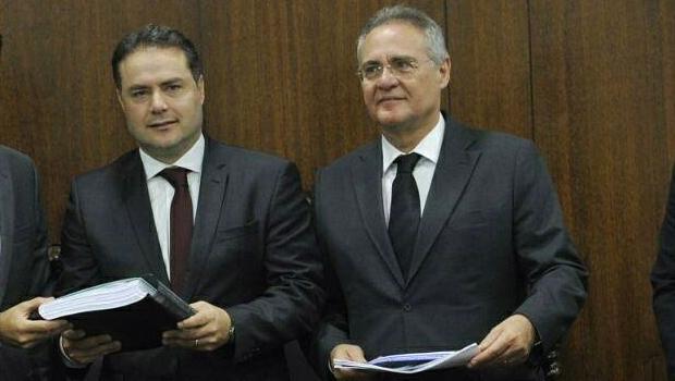 Renan Filho e Renan Calheiros durante encontro no Senado | Foto: reprodução