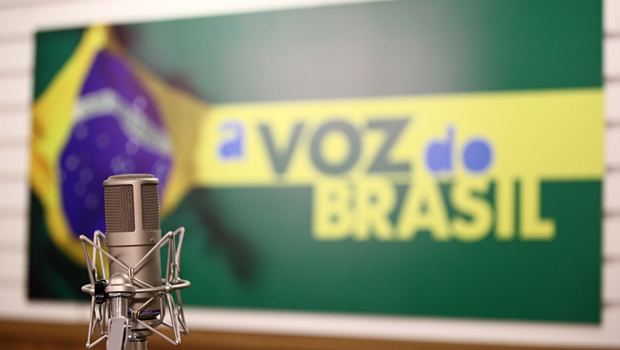 Governo Temer flexibiliza horário da Voz do Brasil
