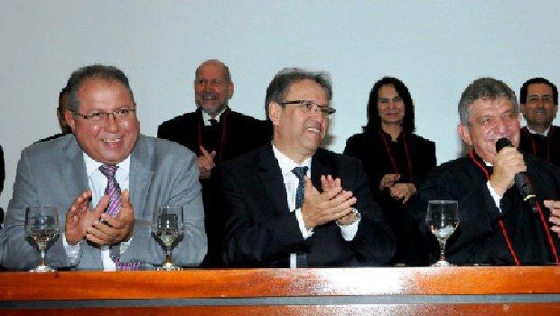 Ronaldo Eurípedes, presidente do TJ-TO, Marcelo Miranda e Clenan Renaut, procurador-geral de Justiça releeito