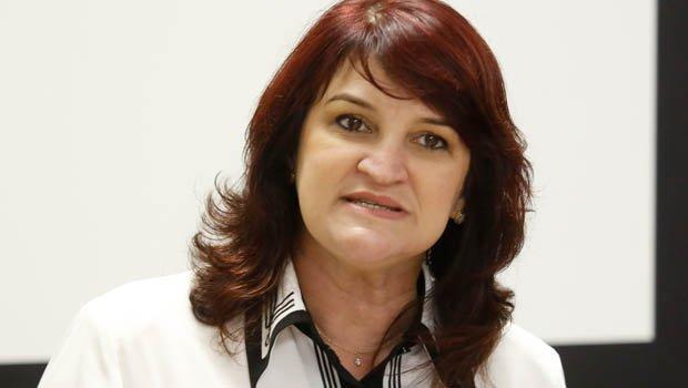 """Secretária de Educação, Wanessa Sechim: """"Com tempo para planejar"""""""