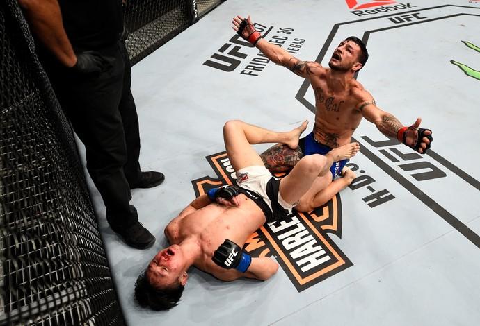 """Cub Swanson e Doo Ho Choi """"acordam"""" o sonolento UFC e fazem talvez a luta do ano"""