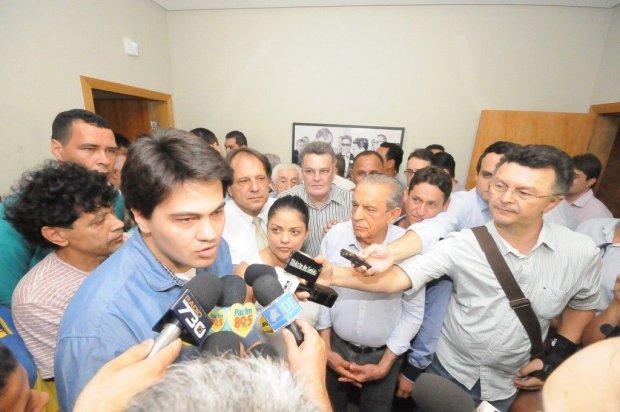 Igor Franco com Iris Rezende, durante a campanha eleitoral deste ano