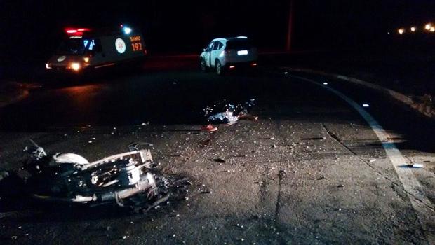 Acidente ocorreu no início da noite deste sábado (17)   Foto: Dcit