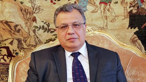 Embaixador russo é morto por atirador na Turquia