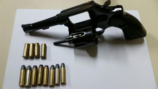 Advogado é preso em Goiânia após ser flagrado bêbado e com arma de fogo
