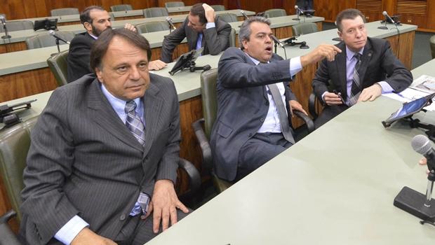 PMDB de Goiás quer criticar ajuste fiscal de Marconi. Mas esbarra num fato: Michel Temer o apoia