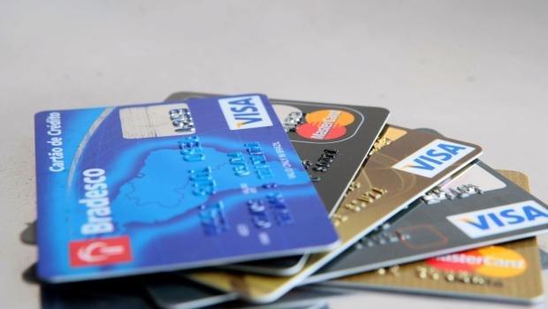 Projeto de lei justifica que cartão é um modo prático e seguro de pagamento, cada vez mais utilizado pelos consumidores | Foto: Reprodução
