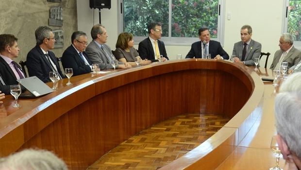 Reunião foi realizada nesta segunda-feira (12) | Foto: Mantovani Fernandes