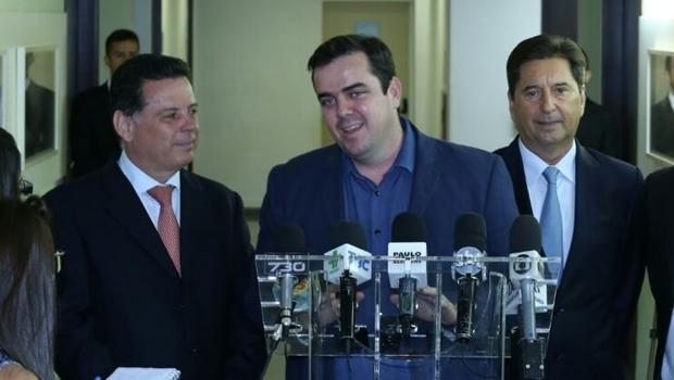 Governador Marconi Perillo, prefeitos de Aparecida de Goiânia, Gustavo Mendanha (eleito) e Maguito Vilela (atual)