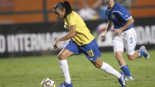 Fifa dobra premiação da Copa do Mundo feminina, mas valor ainda é menor que da masculina