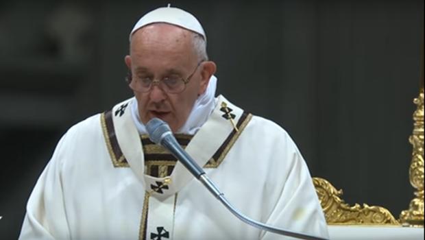 Papa manifesta preocupação com as queimadas na Amazônia