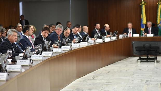 Governadores se reúnem com Temer para tratar da reforma da Previdência