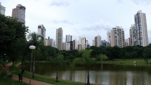 CCJ aprova projeto que impede aumento contínuo do IPTU em Goiânia