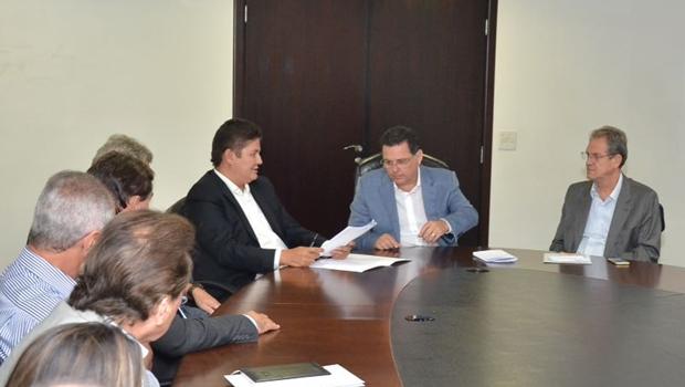 Heuler Cruvinel se reúne com Marconi e apresenta demandas do Sudoeste goiano