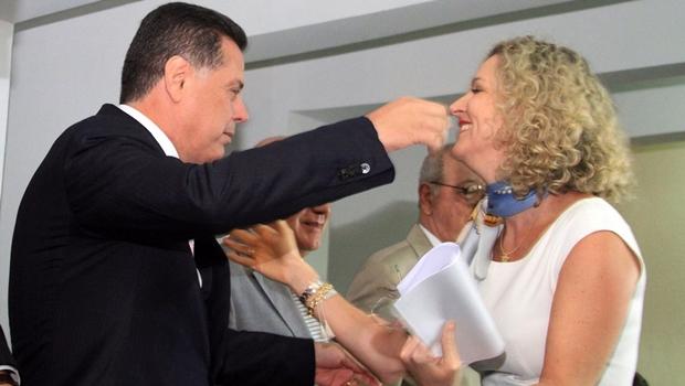 Cotada para disputar o governo de Goiás, Ana Carla emociona Marconi e faz Lúcia Vânia chorar