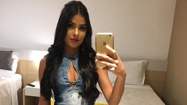 Ex-BBB goiana cobra R$ 20 para bater-papo com fãs em aplicativo