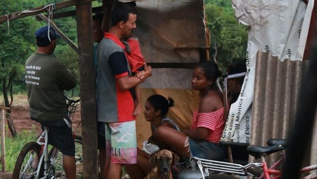 Cerca de 60 famílias continuam sem abrigo após desocupação no Parque Atheneu