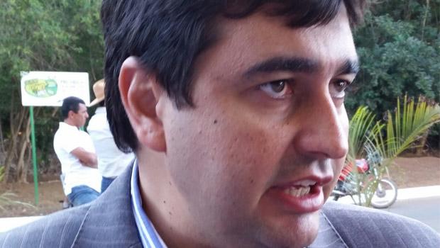 Luiz Stival pode ficar no governo, mas deve ser afastado da Agência de Habitação