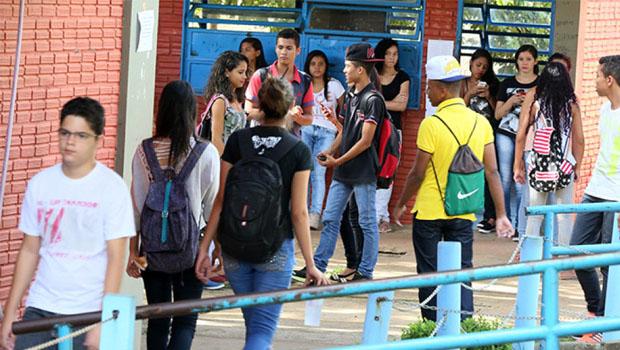 Seduce irá criar superintendência para tratar de segurança nas escolas de Goiás