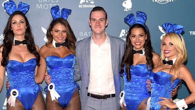 Playboy americana volta a apostar no nu total