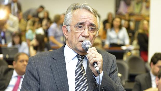 Nos bastidores comentários são de que Bruno Peixoto quer deixar liderança do Governo, diz Álvaro