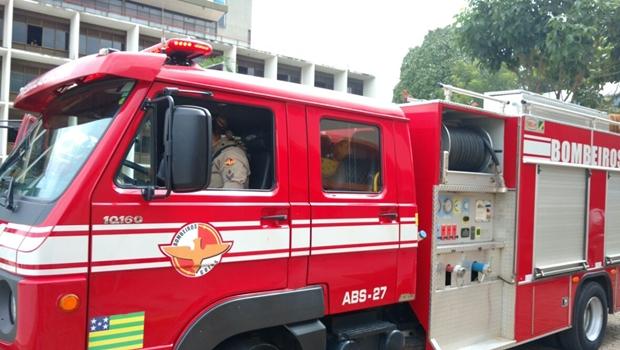 Dois morrem em incêndio em residência em Aparecida de Goiânia