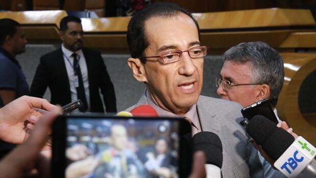 """Vereador sugere que o Legislativo goianiense ganhe o nome de """"Câmara Municipal do Jorge Kajuru"""""""